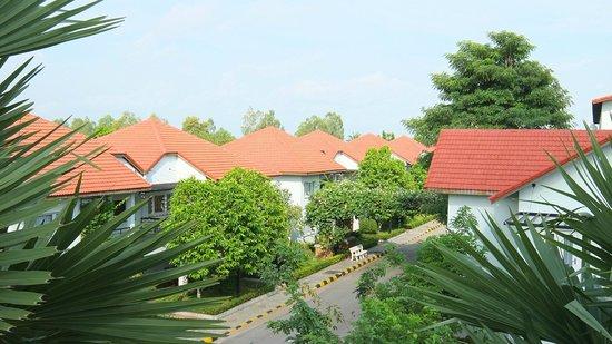 Paradise Angkor Villa Hotel: Villas.