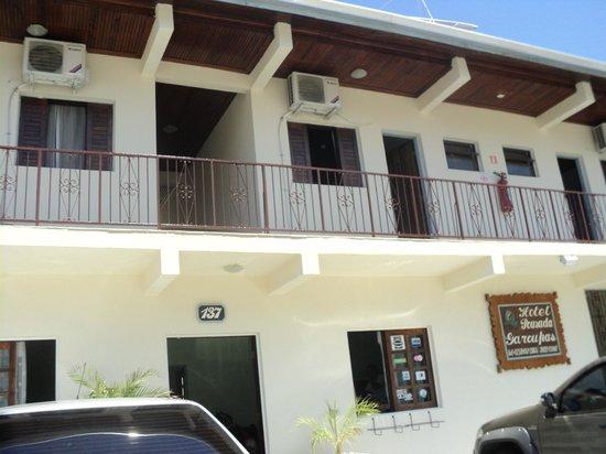 Hotel Pousada Garoupas: Fachada da pousada