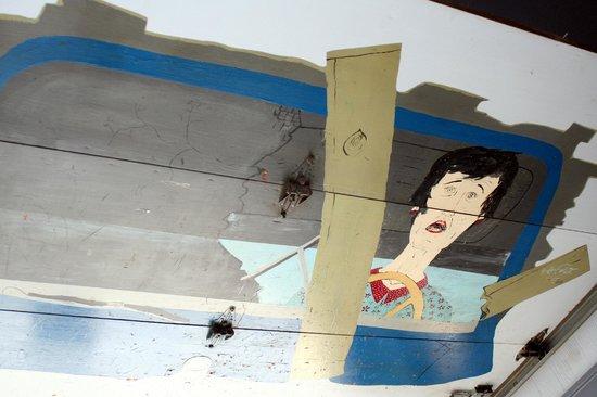 Mo's Original Restaurant: Garage Mural