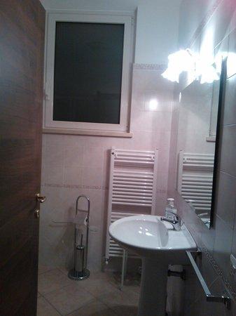 B&B Sole Luna Perugia: parte del bagno