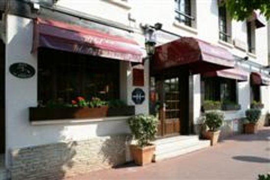 Hotel Le Chantilly : vue de l'hotêl