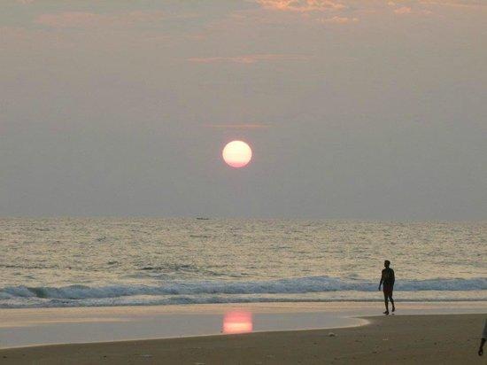 Somatheeram Ayurvedic Health Resort: Sunset