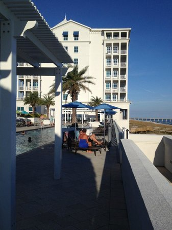 Margaritaville Beach Hotel : Pool area looking back at the hotel and pier