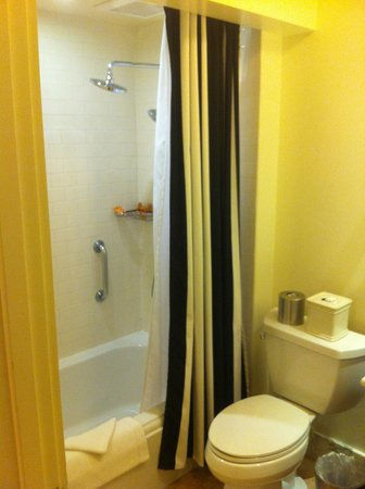 Fairmont Sonoma Mission Inn & Spa : Nice bathroom