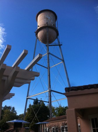 Fairmont Sonoma Mission Inn & Spa: Water tower on site...kinda cool looking!