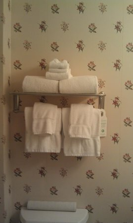 Shearwater Inn : Bathroom towels