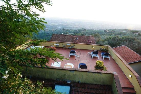 Hotel Bellavista: Une terrasse panoramique