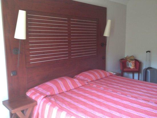 Hotel Les Jardins de Sainte-Maxime : chambre