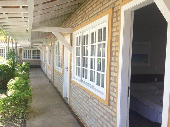 Hotel Pousada Luar de Buzios: área externa dos quartos