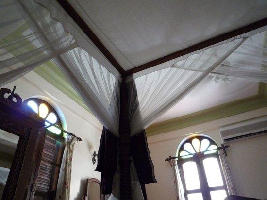 Asmini Palace Hotel: La chambre