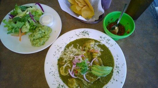 Puerto Vallarta: Shrimp enchiladas, guac, salad, pico