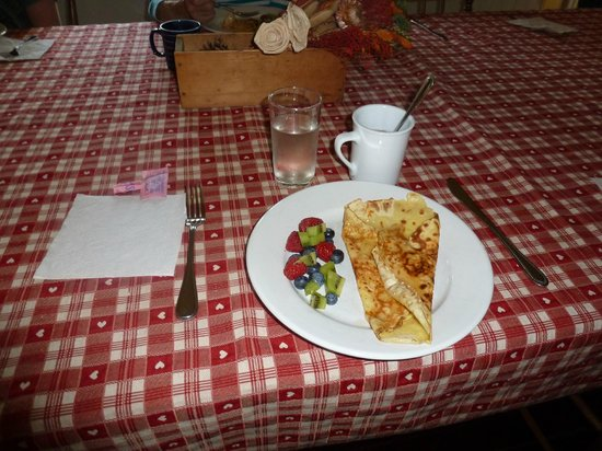Maison La Chapeliere : Gourmet Breakfast