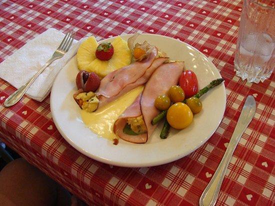 Maison La Chapeliere: Gourmet Breakfast
