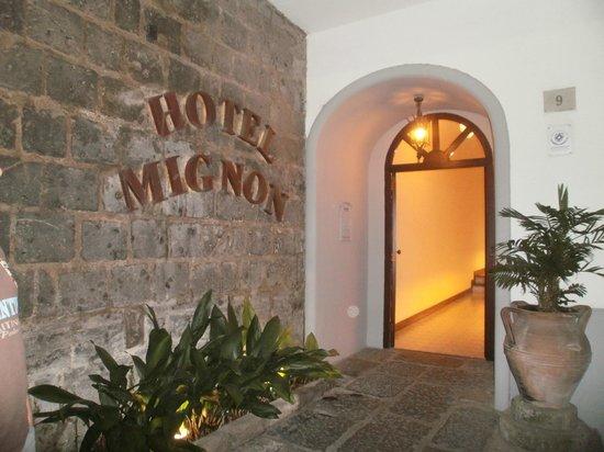 Hotel Mignon : la entrada
