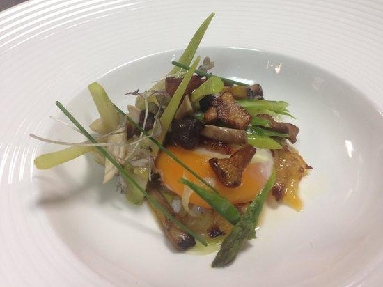 Restaurante Maher: laminas de cebolleta y bacalao