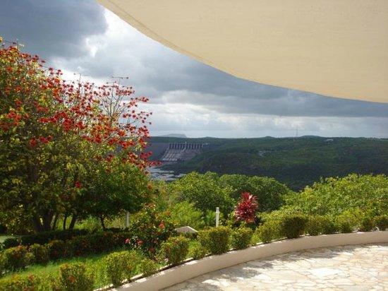 Xingo Parque Hotel: Uma das áreas externas Xingó Parque Hotel