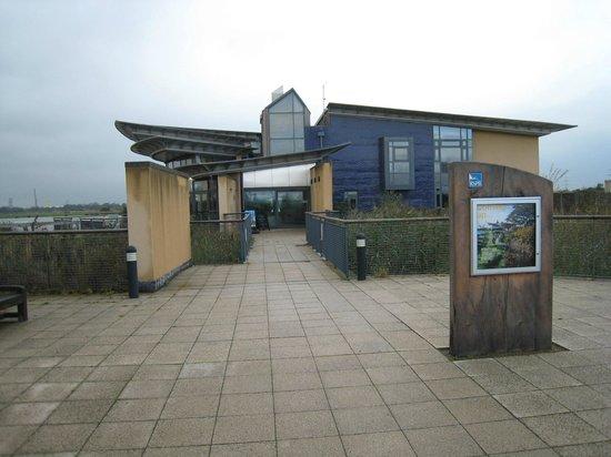 RSPB Saltholme: Entrance to the RSPB centre at Saltholme