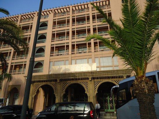 Ryad Mogador Menara: fachada do hotel