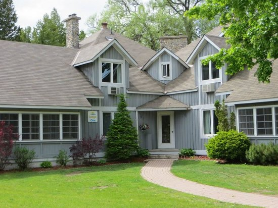 Isaiah Tubbs Resort: The Lodge