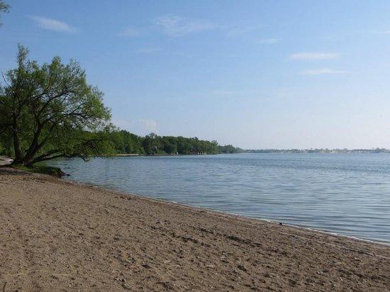 Isaiah Tubbs Resort: Lake Ontario