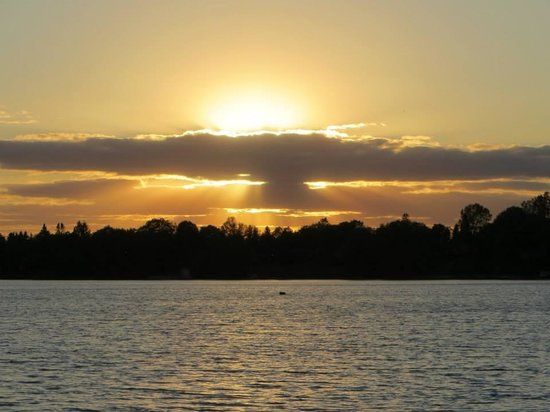 Isaiah Tubbs Resort: Gorgeous sunset