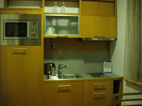 Rezidence Vysehrad: Kitchen area
