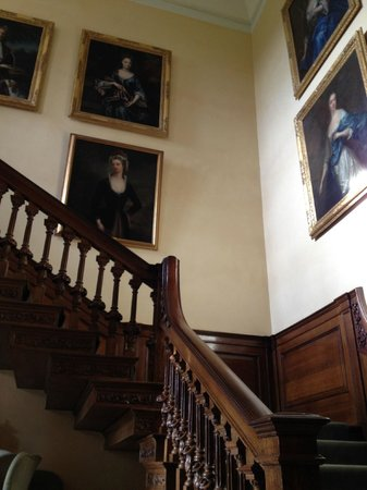 Middlethorpe Hall & Spa : Main stairway