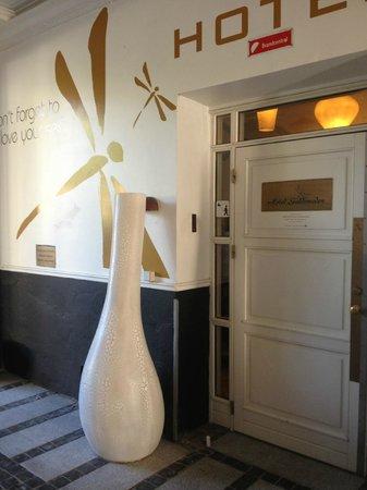 Carlton Guldsmeden - Guldsmeden Hotels: Hotel/front