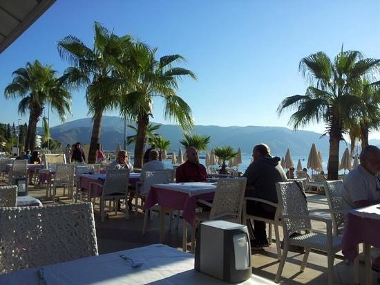 Emre Beach : view from the dining area at breakfast