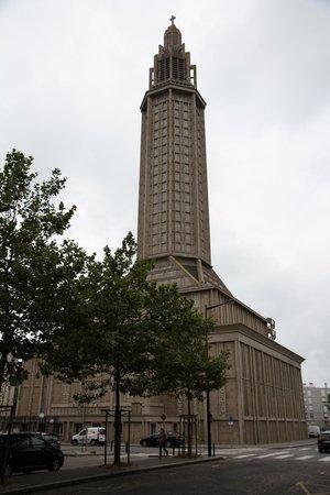 Église Saint-Joseph : St. Joseph Cathedral