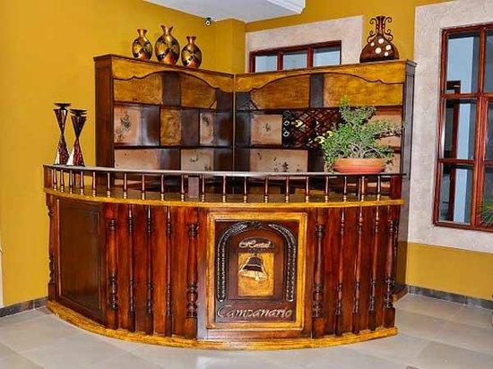 Hotel Campanario : Reception, Hostal Campanario, Cuenca, Ecuador.