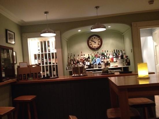 Y Meirionnydd: the cosy bar