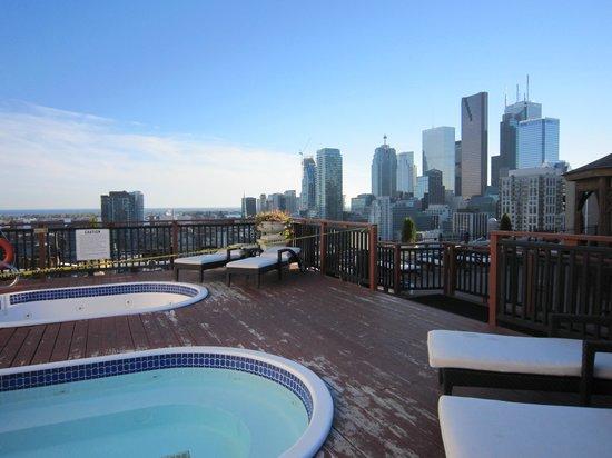 Grand Hotel & Suites: jacuzzi sur le toit