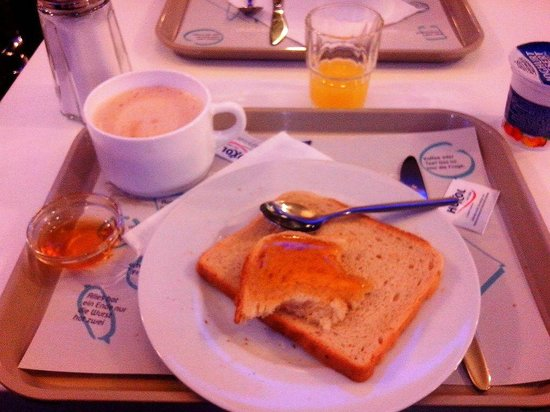 Ibis Budget Koeln Marsdorf: breakfast