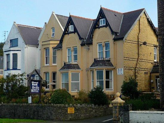 Menai Bank Hotel, Caernarfon