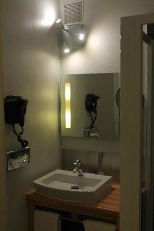Best Western ARThotel : bathroom