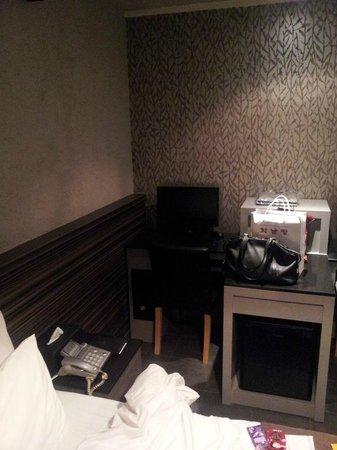 Nox Hotel: Zimmer
