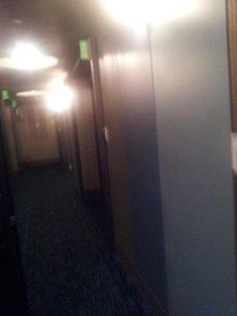 Nox Hotel: Flur