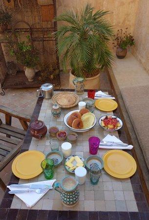 Riad Boujloud: petit déjeuner délicieux