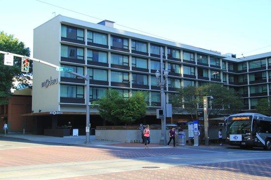 Hotel Modera : Street view