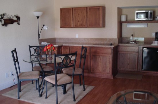 The Inn at Silver Lakes: Suites