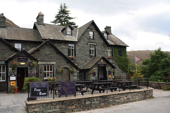 New Dungeon Ghyll Hotel: Free beer sign priceless