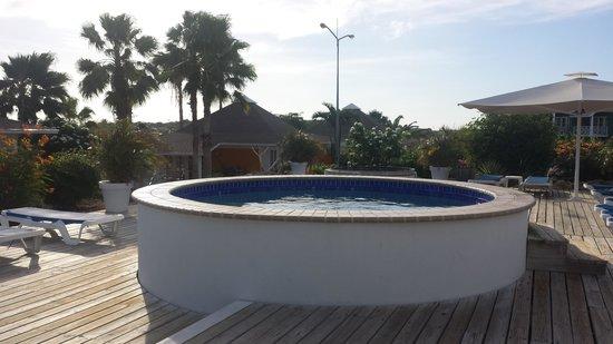 Chogogo Resort: zwembad achter op het resort