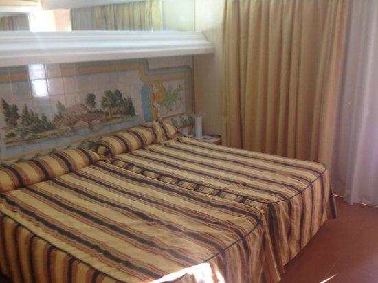 Vera Playa Club Hotel : Doppelbett