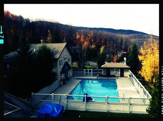 Smugglers' Notch Resort: Salt water heated pool by day...