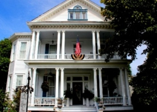 Photo of Bisland House Bed And Breakfast Natchez