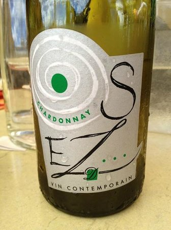 Hôtel des Remparts : vin blanc