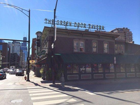 Green Door Tavern: The exterior