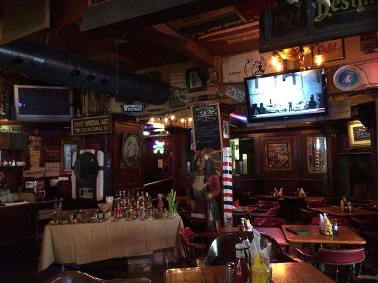 Green Door Tavern: Interior view 1