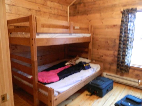 Hickory Run State Park: Double bed on bottom, twin on top.